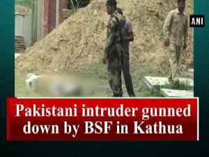 Pakistani intruder gunned down by BSF in Kathua [Video]