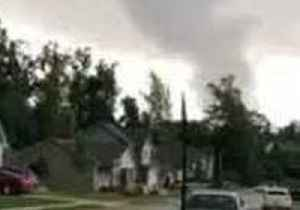 Possible Tornado Sighted in Opelika, Alabama [Video]