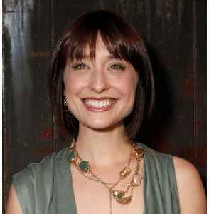 Smallville Star Allison Mack Faces More Charges For Sex Cult Role [Video]