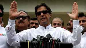 Sports icon calls victory in Pakistan election [Video]
