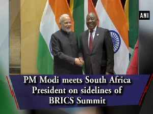 PM Modi meets South Africa President on sidelines of BRICS Summit [Video]