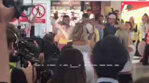 Love Island finalists return to the UK [Video]