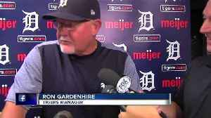 Tigers manager Ron Gardenhire's ringtone is (still) Kelly Clarkson [Video]