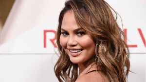 Chrissy Teigen Tweets From Bali About Deadly Earthquake In Lombok [Video]