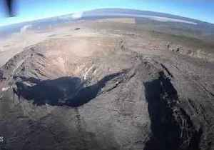 Helicopter Footage of Hawaii's Kilauea Summit Reveals 'Dramatic Changes' [Video]