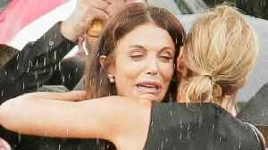 Bethenny Frankel Sobs at Boyfriend's Funeral [Video]