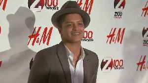 Bruno Mars Announces New Special Guests for 24K Magic Tour! [Video]