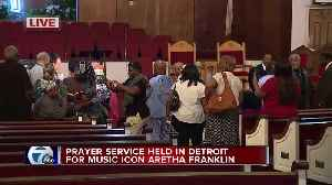 Prayer service held in Detroit for music icon Aretha Franklin [Video]
