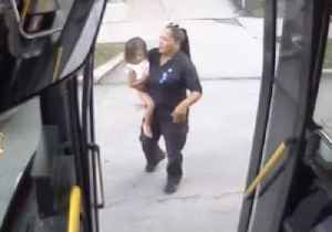 Bus Driver Finds 2-Year-Old Lost and Crying on Milwaukee Street [Video]