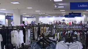 More Macy's Backstage locations opening in Las Vegas [Video]