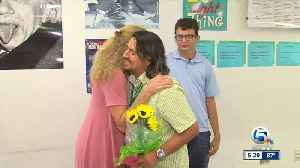 Duncan Middle School teacher donates his kidney to former student [Video]