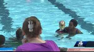 Students are learning how to swim for free [Video]