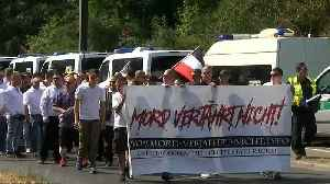 Activists and neo-Nazis clash in Berlin demonstration [Video]