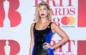 Hailey Baldwin won't have a 'big' wedding look [Video]