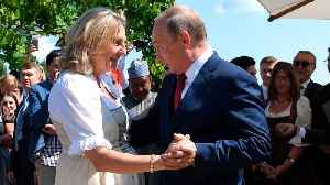 News video: Putin Dances At Austrian Foreign Minister's Wedding