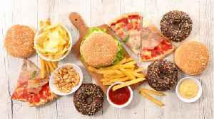 Signs You're Eating Too Much Processed Foods [Video]