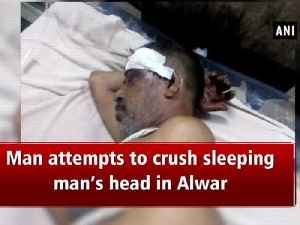 Man attempts to crush sleeping man's head in Alwar [Video]