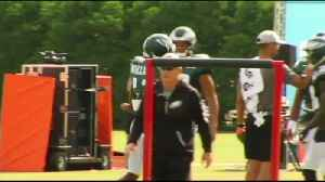 EAGLES TRAINING CAMP: Mike Wallace fitting in [Video]