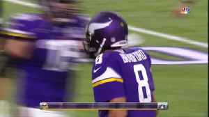 Vikings Impressed With New QB Bradford [Video]
