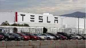 Small Fire At Tesla Factory In Fremont California [Video]