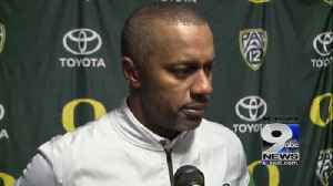 Web Extra: Willie Taggart after 38-3 loss at Washington (11/ [Video]