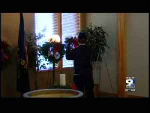 Fallen veterans honored with wreaths [Video]