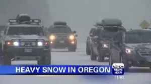 Heavy snow in Oregon [Video]