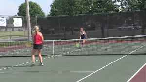 TH South girls tennis win sectionals [Video]