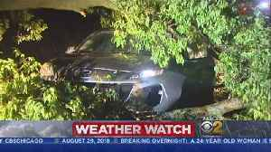 Powerful Storms Leave Thousands Without Power Across The Chicago Area [Video]