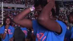 Video: Student gets 100k scholarship during Beyonce and Jay-Z concert [Video]