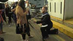 Seaman proposes to girlfriend after three years in the Gulf [Video]