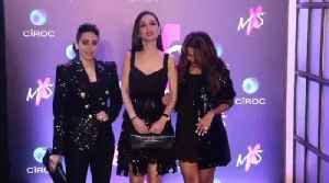 Karishma Kapoor and Bachchan bebies togather at MXS lable launch [Video]