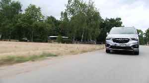 The new Opel Combo Life Driving Video in Silver [Video]