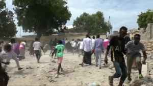 At least 6 dead in al Shabaab attack on Somalia's capital [Video]