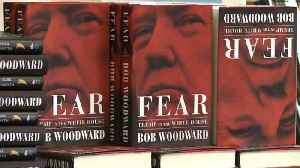 Readers buy copies of Woodward's 'Fear' in Washington, DC [Video]