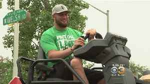 Philly Officials Announce Street Repaving Blitz With Eagles OT Lane Johnson [Video]