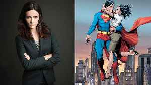 Elizabeth Tulloch to Play Lois Lane in CW's 'Arrowverse' Crossover | THR News [Video]