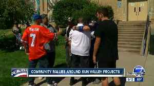 Community rallies around Sun Valley Projects one last time before homes are torn down [Video]