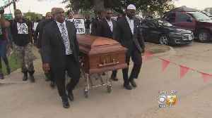 Protesters Holding Caskets March Near AT&T Stadium For Police Shooting Victims [Video]