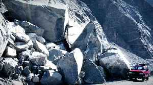 Why Do Giant Rocks Suddenly Fall From Cliffs? [Video]