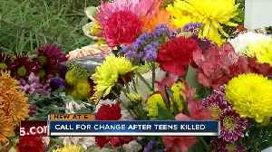 Two teens killed, 12-year-old critically injured in Bradenton crash [Video]