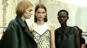 N°21 - Women's Spring/Summer 2019 Collection in Milan (with interview) [Video]