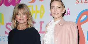 Goldie Hawn Reveals Crazy Gift She Gave Daughter Kate Hudson In The Delivery Room [Video]