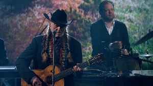 Willie Nelson Performs 'Summer Wind' [Video]