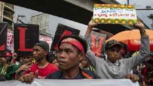 Protesters Gather In Manila On Martial Law Anniversary [Video]