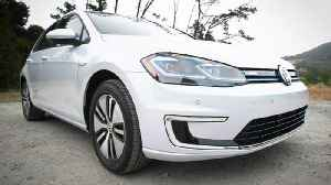 5 things you need to know: 2018 Volkswagen e-Golf [Video]