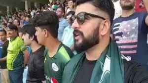 India vs Pakistan Asia cup: Pakistani Cricket fan Sings Indian National Anthem | वनइंडि&#x92 [Video]