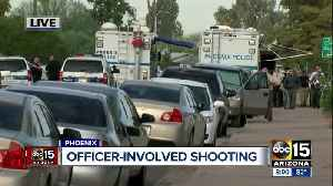 PD: Officers fire at suspect with shotgun in Phoenix [Video]