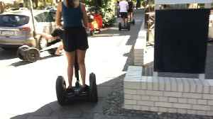 Guy on Segway Crashes Into Lamp Post [Video]
