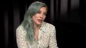 Hilary Duff Confronts The Paparazzi [Video]